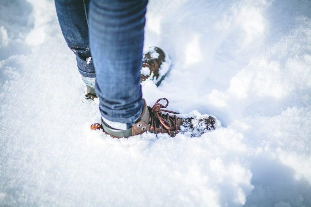 Barefoot v zime-ako udržať nohy teplé