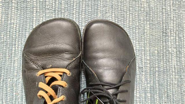 ok-barefoot-portage-black-vs-bose-pegres