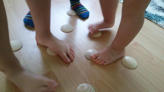 Detské celoročky – prehľad podľa typov nôh