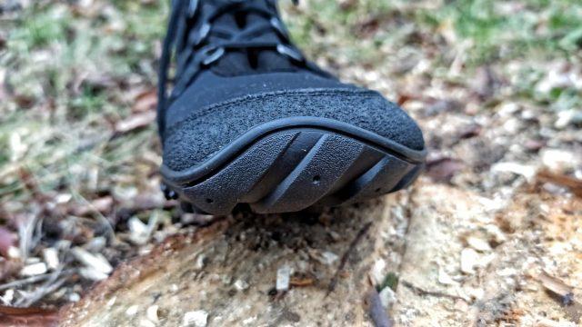 joe-nimble-explore-toes