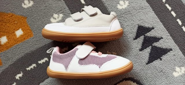 little-blue-lamb-baby-primo-praxi-barefoot