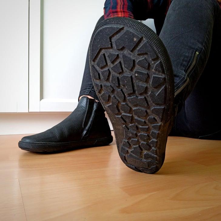 koel-faro-barefoot-chelsea-boots